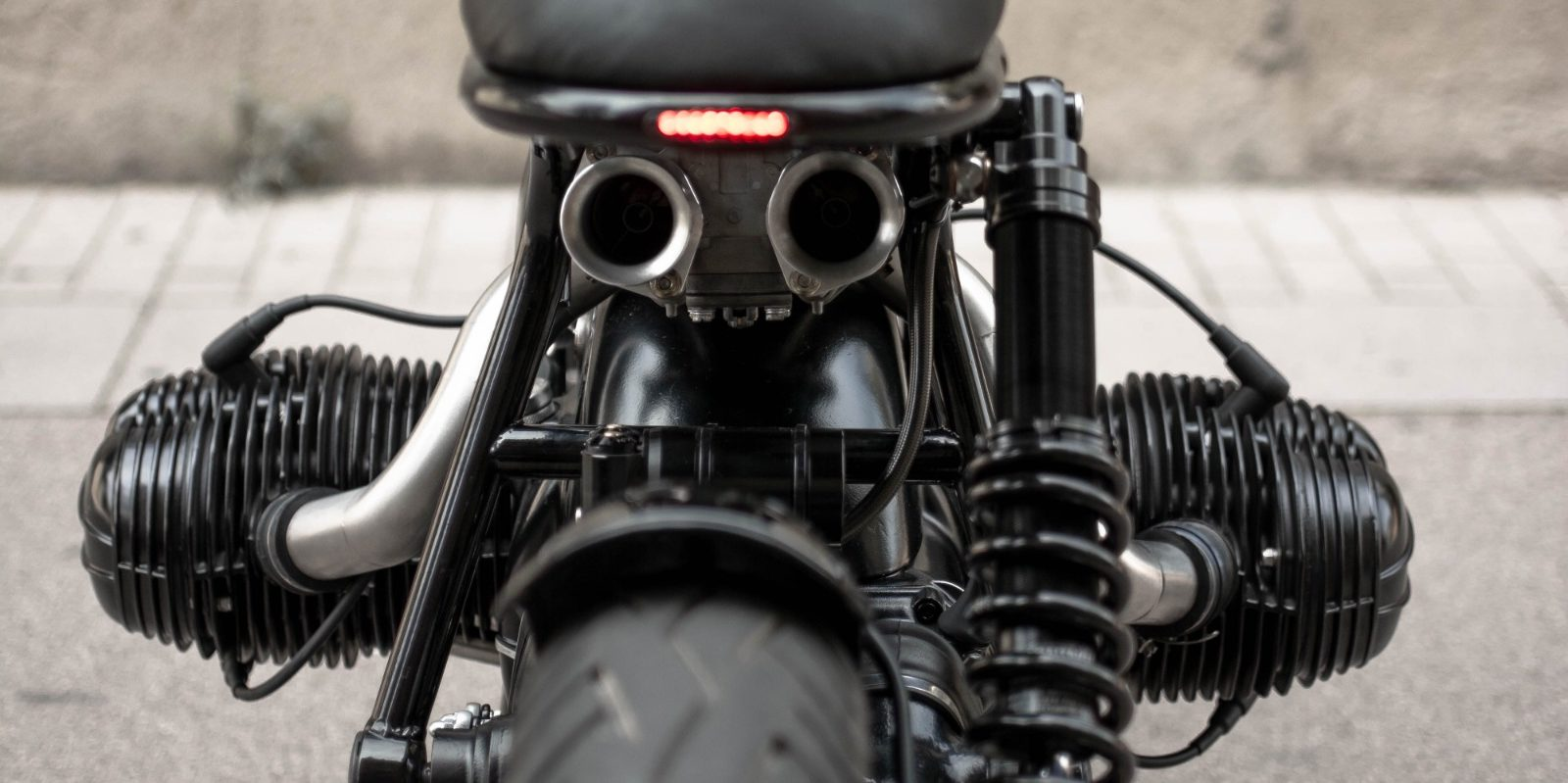 custom BMW R80 by NIKS motorcycles_back view