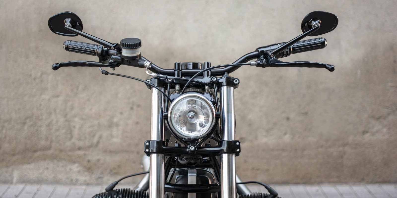 custom BMW R80 caferacer by NIKS motorcycles_motogadget
