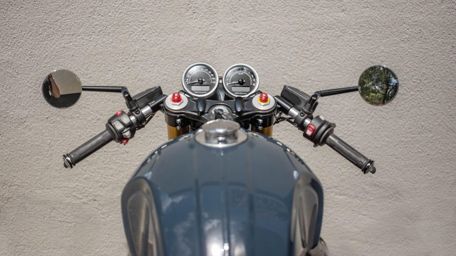 RnineT Cafe Racer_NIKS motorcycles_Semi manillares_